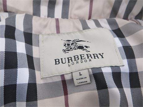 Burberry Women's Cream Jacket