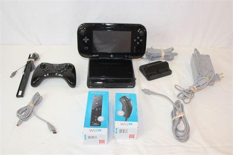 Nintendo Wii U Console W/ Tablet Pro Controller & Wii U Remote Nunchuck