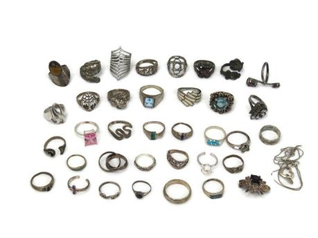 Lot of 925 Sterling Silver Rings w/ Brooch & Necklace - 148g