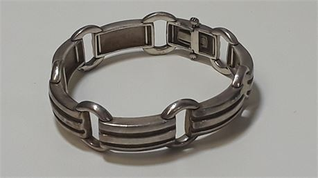 """Tiffany & Co. 7.5""""  Sterling Silver .925 Bracelet. 43.4 Grams Total Weight."""